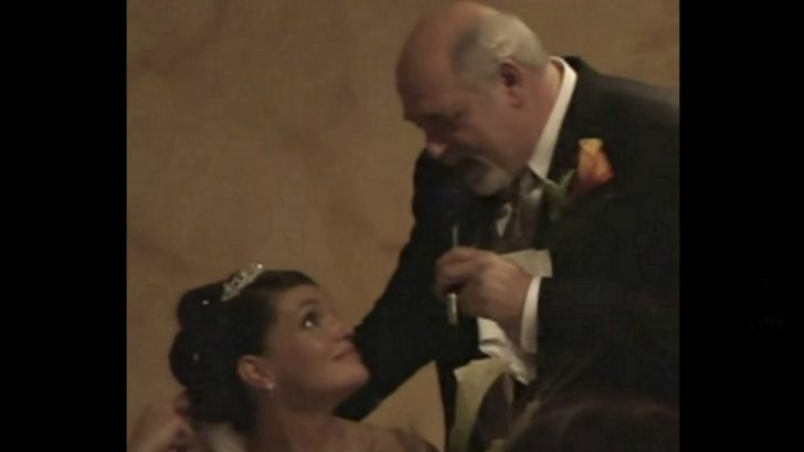 Dad Turns Wedding Speech Into Tearful Cover Of 'If Tomorrow